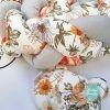 Kokvilnas apmalīte bērna gultiņai PUER exclusive – Flowers light gray(3)