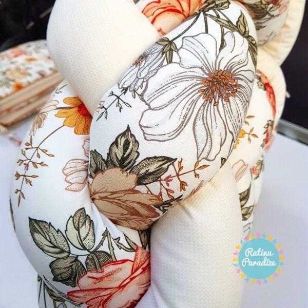 Kokvilnas-apmalīte-bērna-gultiņai-Бортик-Косичка-PUER-exclusive-Flowers-beige-(8)