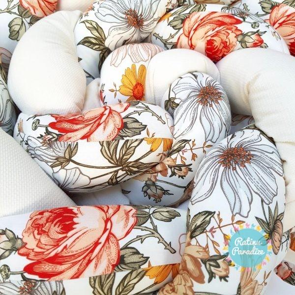 Kokvilnas-apmalīte-bērna-gultiņai-Бортик-Косичка-PUER-exclusive-Flowers-beige-(2)